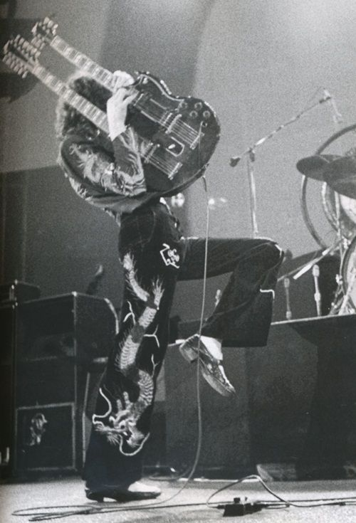 Jimmy Page | oh yeah... here is the king!