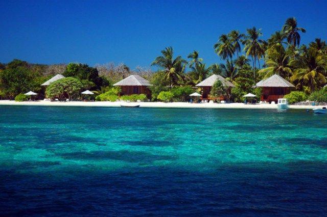 Pulau Hoga di Kepulauan Wakatobi