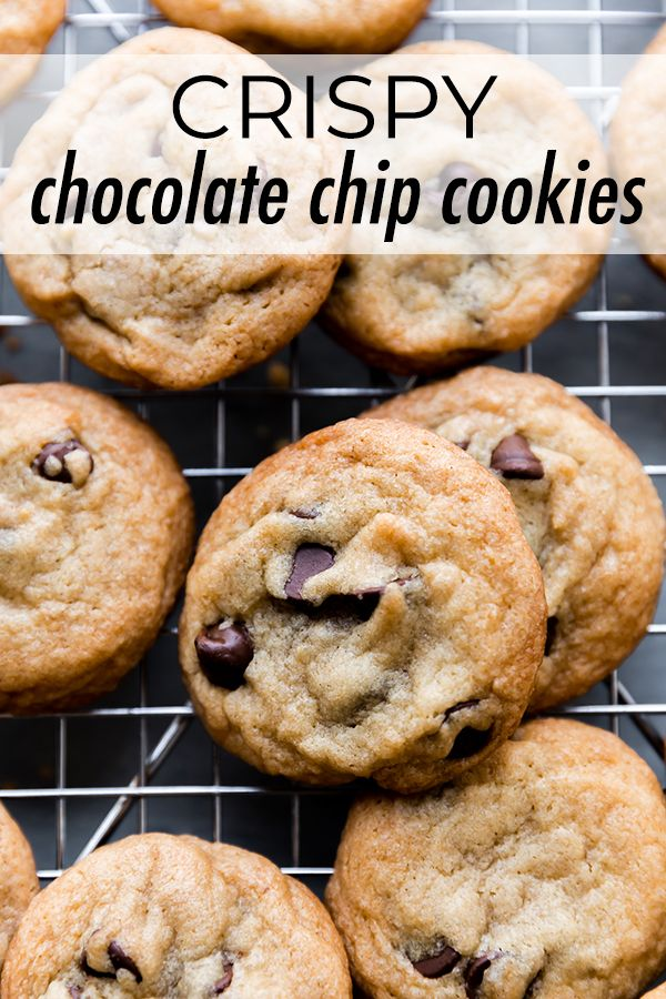 Knusprige Schokoladenkekse mit einem zufriedenstellenden Crunch. Mit ihren knackigen Tops …