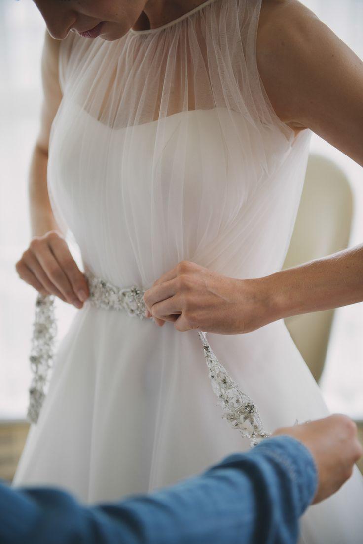 Photography: Whitney Krutzfeldt - wckphotography.com/vancouver-wedding-photographer  Read More: http://www.stylemepretty.com/canada-weddings/2014/04/16/vancouver-penthouse-wedding/