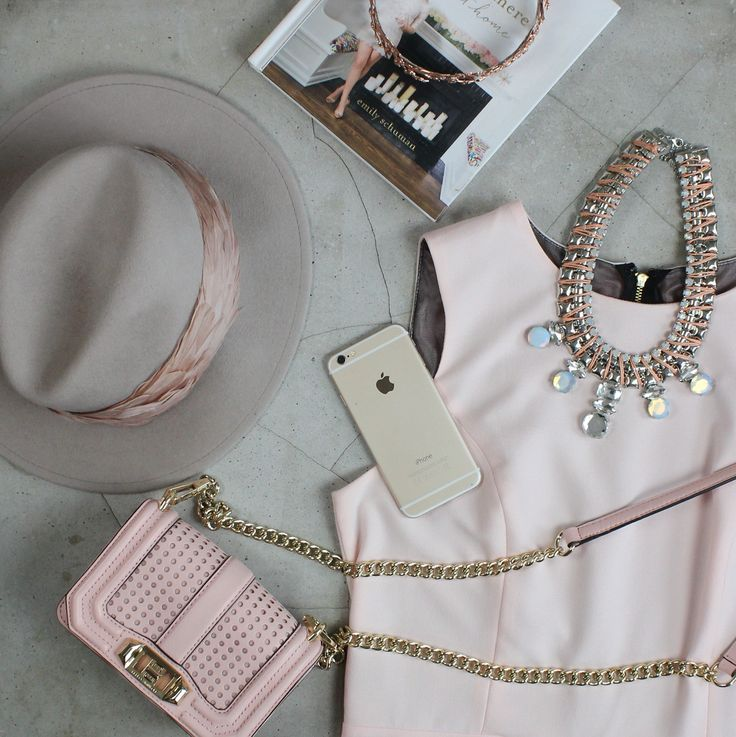 Such a gorgeous flat lay!