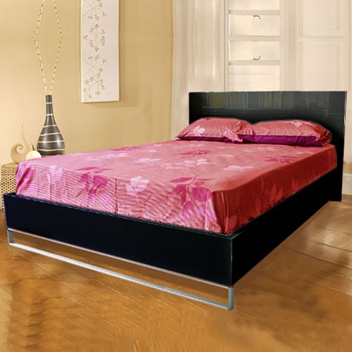 Prado Queen Black MDF Bed in High Gloss Finish