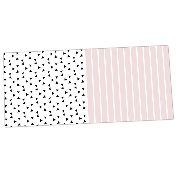 """Trebam """"Razni"""" Pink Black Desk Mat"""