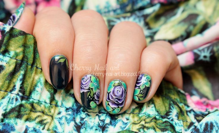 ... NAIL ART (by CherryNailArt) sur Pinterest  Accent nails, Musique et