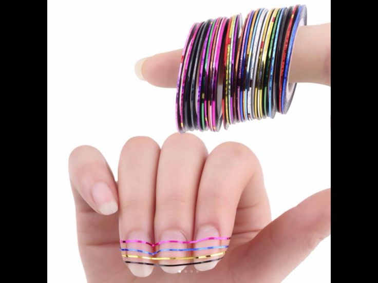 Cintas adhesivas para decorar las uñas