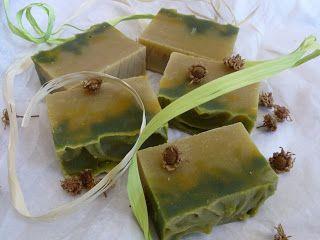 Estela de Jabón: Jabón de Aguacate y Caléndula
