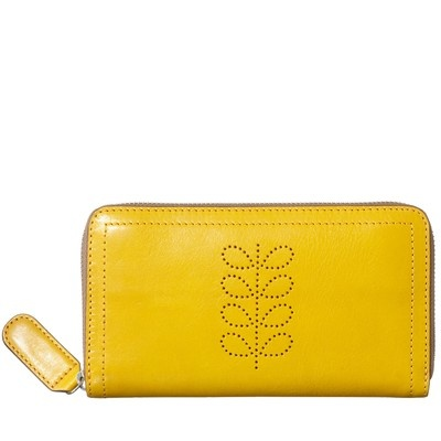Orla Kiely Structured Stem Big Zip Wallet. Favorite Color! I feel this would look great in my purse