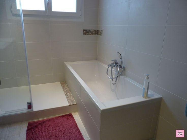 salle de bain baignoire et douche lattes - Salle De Bain Baignoire Rose