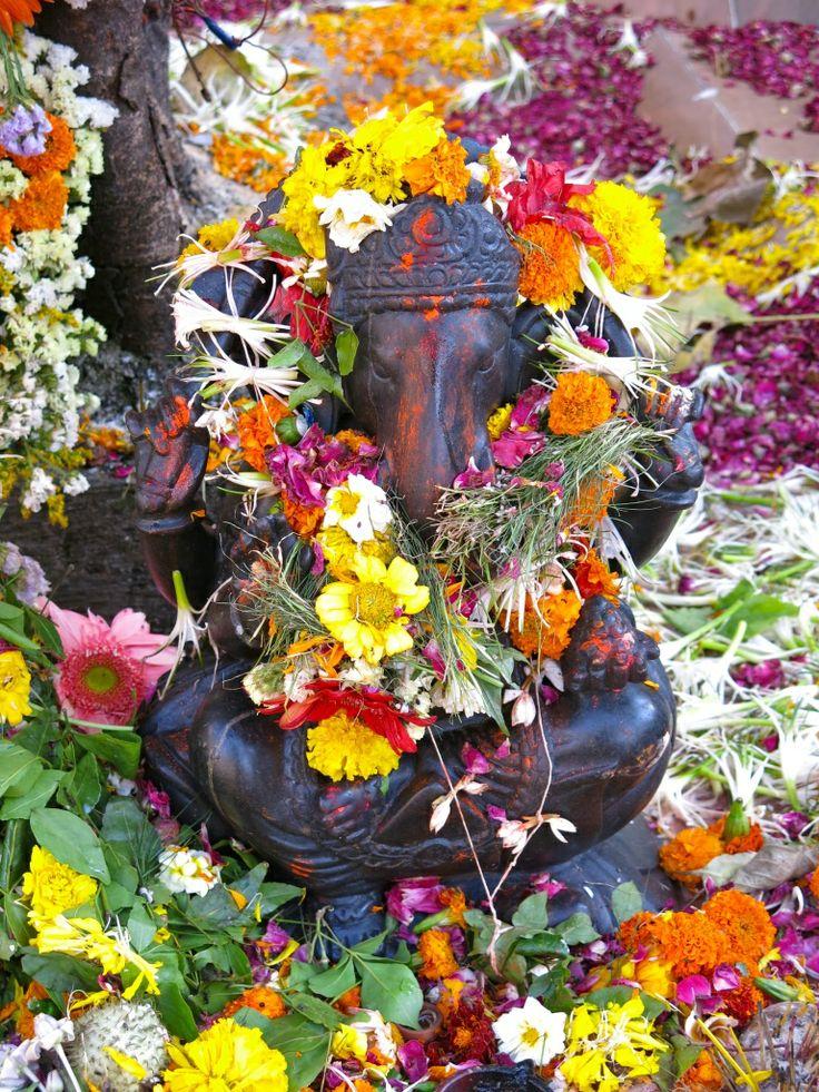 Dieu Ganesh, Inde #culture #tradition #Ganesh #Inde #voyage Fragonard PARFUMEUR