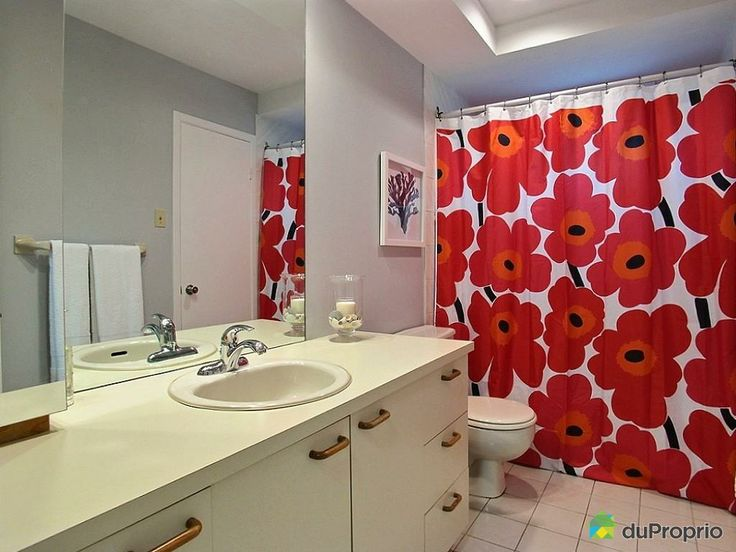 Marimekko shower curtain: instant happiness!
