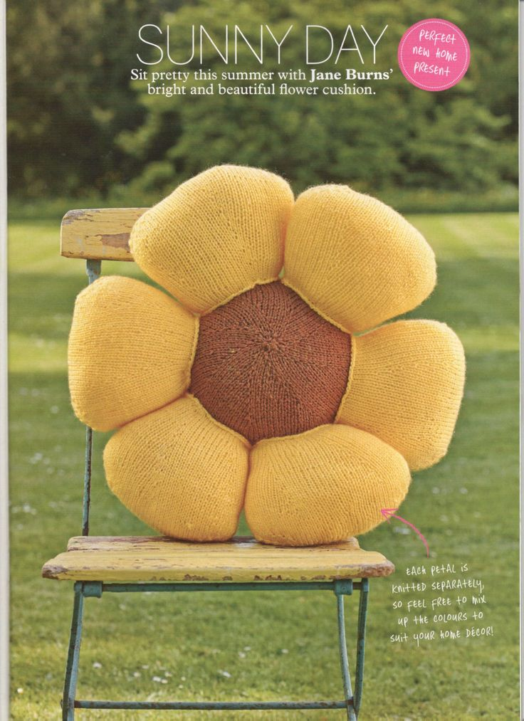 Sunflower Cushion Knitting Pattern : 140 best images about Simply Knitting Magazine Designs on Pinterest Knitted...