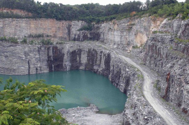 Seven Places in Georgia You have to Visit that You didn't Know Existed: Bellwood Quarry