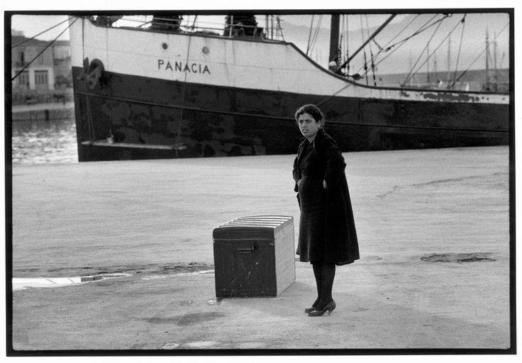 "Constantine Manos  Greece. Crete. Heraklion. 1964. Woman on a dock. ""A Greek Portfolio"" p.86 © Costa Manos/Magnum Photos"