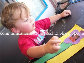 From Communication Station: Speech Therapy PLLC: Grandparents Day Craft/Card: A simple language activity! Pinned by Pediatric Therapeutic Services, Inc. Check out our blog at pediatrictherapeuticservices.wordpress.com
