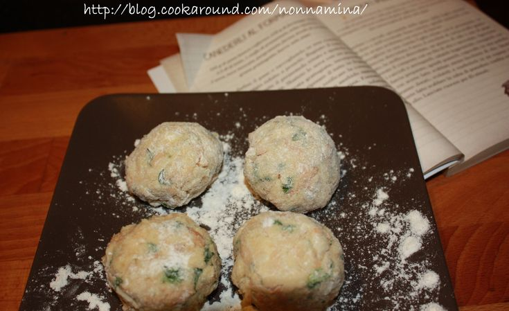 CANEDERLI AL FORMAGGIO (ricetta svuotafrigo)