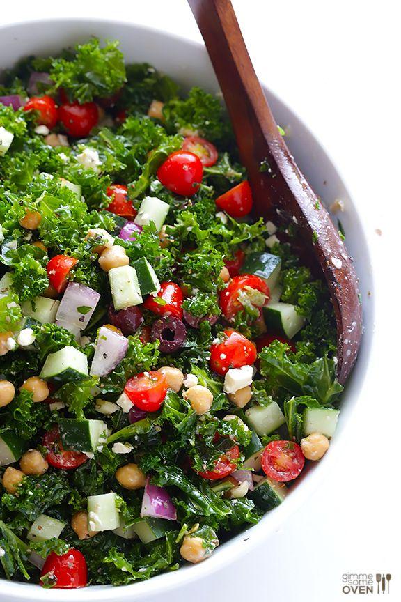 Chopped Kale Greek Salad | gimmesomeoven.com