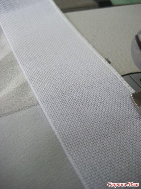 Этот способ подгибки-просто находка для тех, у кого нет специальной лапки для этой швейной операции))))))) Источник: http://www.burdastyle.com/ автора текста не знаю.  Материалы :
