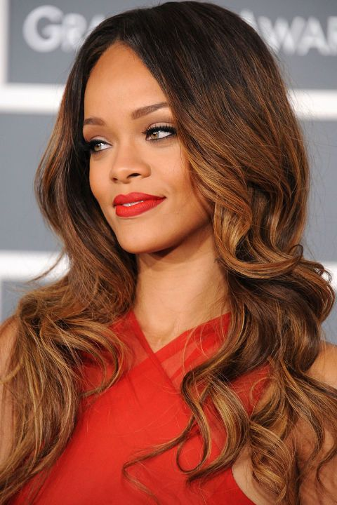 13 balayage highlights and hair color ideas to try for a change: Rihanna