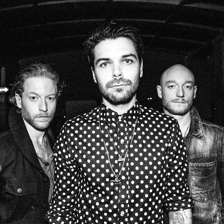 BIFFY CLYRO ANNOUNCE US HEADLINE TOUR; NEW ALBUM OPPOSITES OUT NOW