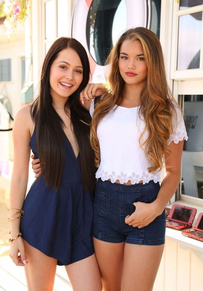 Paris Berelc and Kelli Burgland: Sexy, sweet kissable thick thighs. ❤❤❤❤
