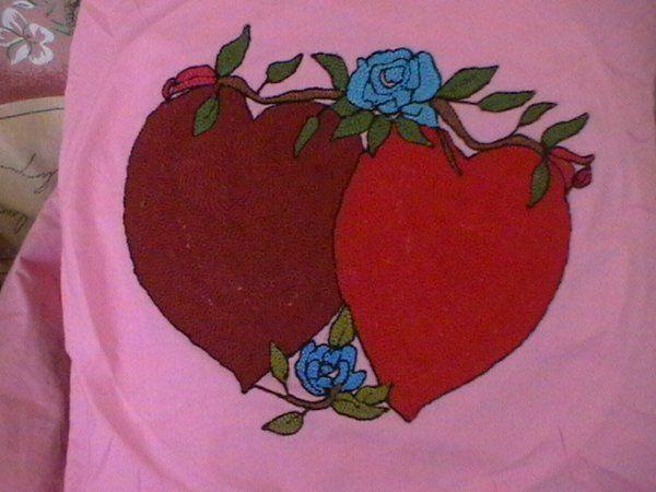 Twitter #punchnakisi #çift #kalp #mavi #sarmaşık #gül #desenli #çeyizyastığı #10marifet #girisimcilerplatformu istek üzerine istenilen desen ve renklerde çeyiz yastığı yapılır. sipariş için mesaj yazın.