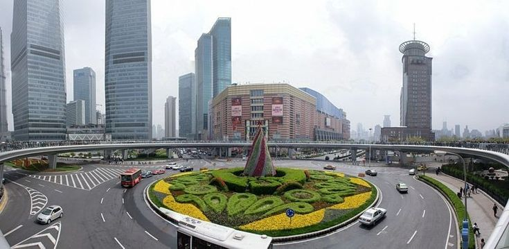 Inour last blog Roundabouts: Engineers making the world a little more beautiful and safe, wediscussed the benefits of roundabouts. Today however, we have decided to explorehow engineers haveele…