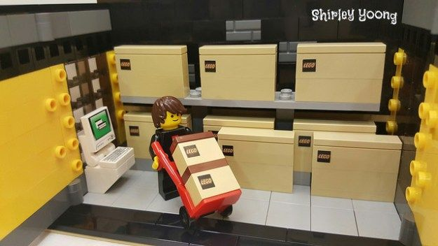 best custom lego stores | Custom Modular features amazingly detailed LEGO store ...