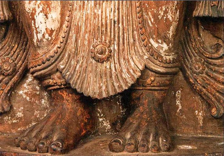 i_044.jpg (850×594)Танец, который они исполняли (мохиниаттам), до сих пор является народным в штате Керала (Малабарское побережье, юго-запад Индии).