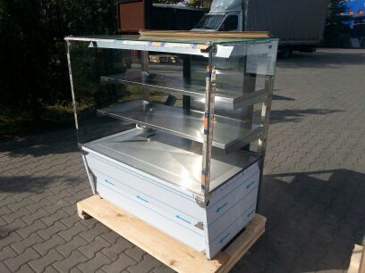 The new GASTRO JUKA display ready for delivery.