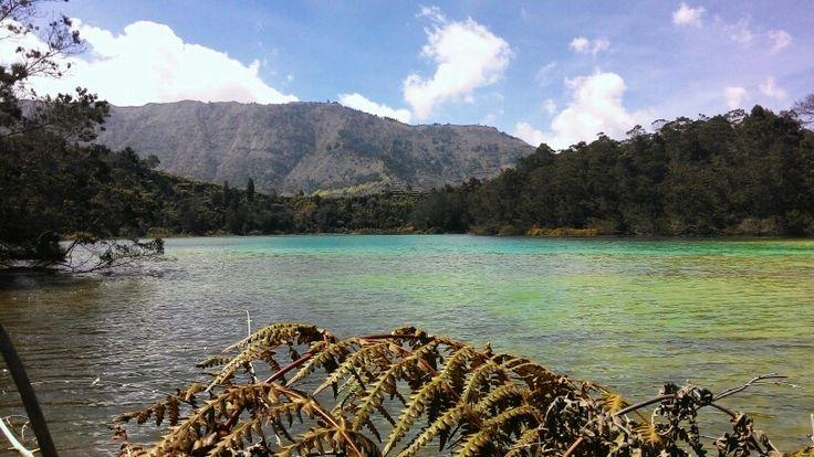 Telaga Warna, Wonosobo. #lake #Indonesia