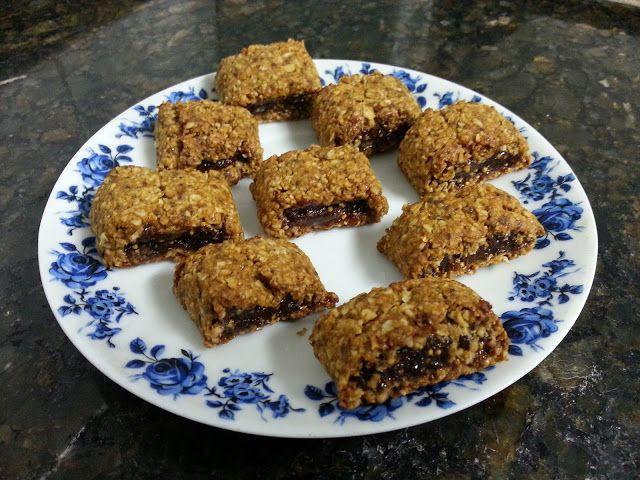 Confeitando com a Maré: Biscoitos Recheados de Figo (com massa de chia e aveia)
