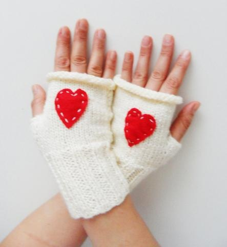 Fingerless Knitted Gloves, Red Cream Gloves, Valentine Gifts, Gloves, Young Girls, Valentine Day Gifts