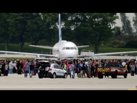 Ft. Lauderdale Airport Shooting: As It Happened - YouTube