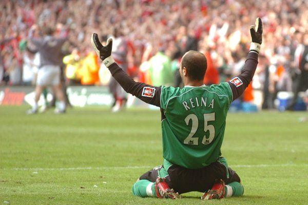 Liverpool's Pepe Reina set for £2m Bayern Munich move #LFC