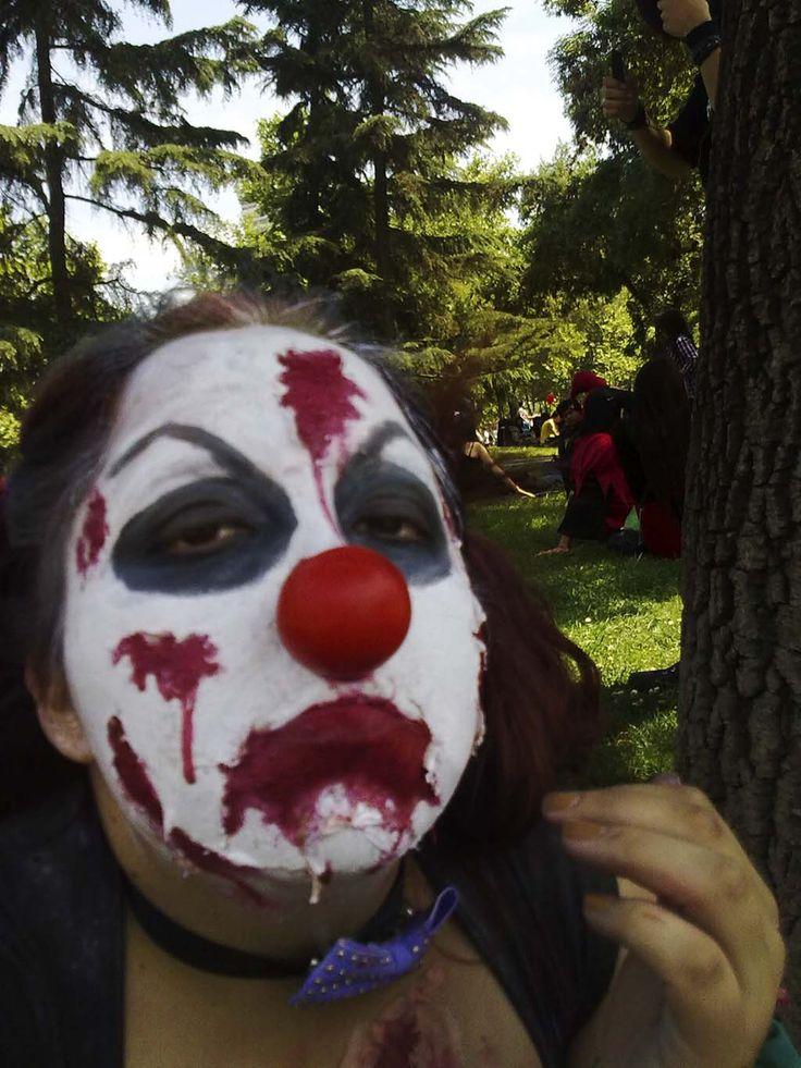 Zombie circus 1
