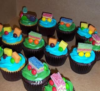 how to make a cupcake train