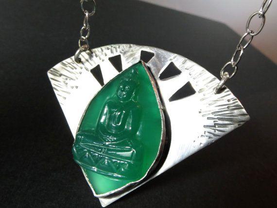 Grüner Onyx Buddha Silber Anhänger graviert von ElstarSunbird
