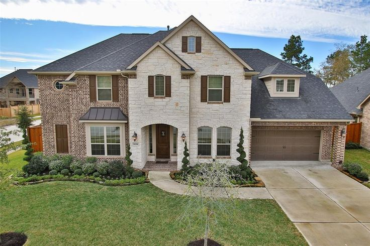 31258 Shady Arbor Lane | Spring | TX | 77386 in the Falls at Imperial Oaks Village Builders popular 'MONET' floor plan on OVER 1/4 acre lot with CHEF's kitchen: piano island and pot filler. Wood floors. Balcony. | Click photo for details and pricing. #SpringTXhomesforsale #SpringTXRealtor #TheFallsatImperialOaks #ImperialOaks