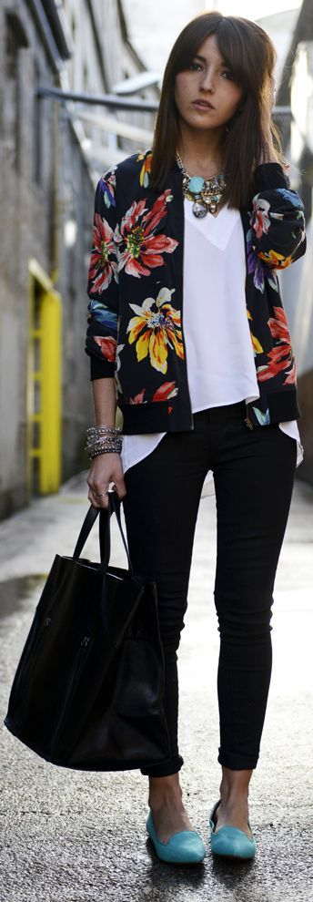 Floral bomber jacket inspiration for Fall #maurices #spon @maurices