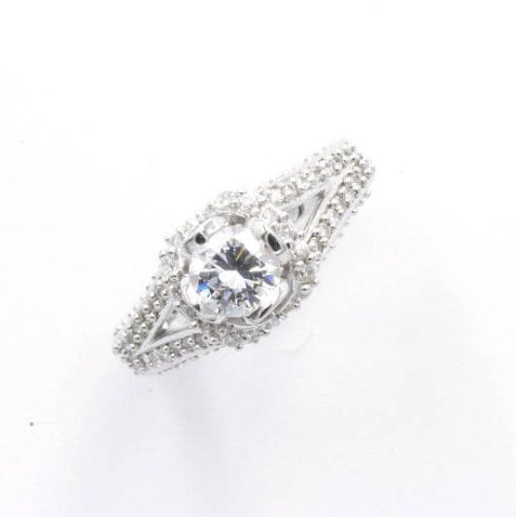 0.75 ct Round Cut CZ Engagement Ring Size 6.5 925 Sterling