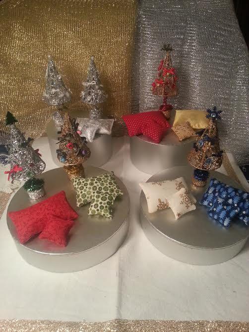 Tree  pillow  Christmas  dollhouse scale 1:12 by LaboratoriodiManu