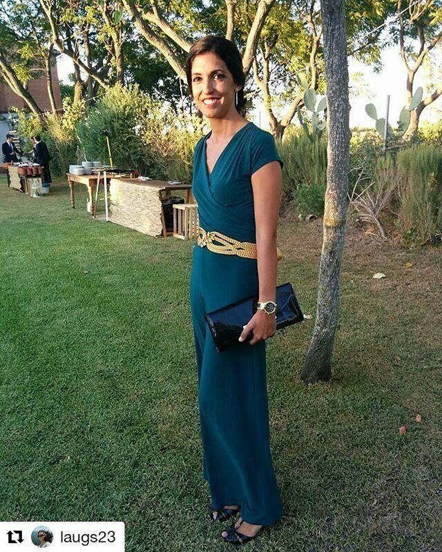 Llegamos a la hora de comer con Laura y este precioso cinturón que creamos completamente a mano hace unos meses, gracias por la foto bonitaaa!  #BeToscana #ToscanaTocados #Repost @laugs23 with @repostapp ・・・ De Boda!  #bodaGorkayCristina #wedding #bodaDeDiez ........................................................................... #invitadasboda #bodas #weddingtime #turbantes #look #ootd #lookinvitada #dorado #smile #invitadasboda #invitadas #invitadasconestilo #invitadasfelices #invi...