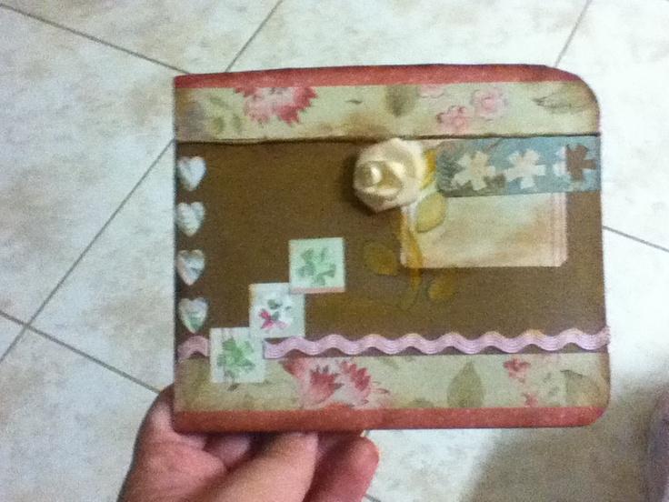 Tarjeta Scrapbook para el dia de las madres( afuera) / Scrapbook Card for Mother's Day (outside) by Zeny