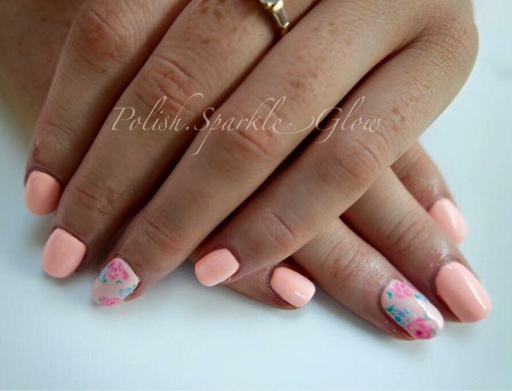Summer florals #summernails #floralnails #pastelnails