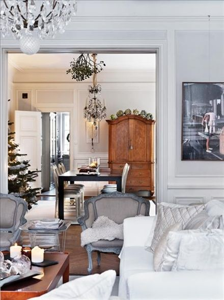 Modern Country Style: A White Christmas: Home Tour  Click through for details.
