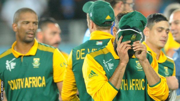 """South Africa Players 'Hurting' After Defeat says AB de VilliersSouth Africa captain AB de Villiers says his players have """"sore hearts"""" after they lost to New Zealand in the semi-final of the Cricket World Cup.  : ~ http://www.managementparadise.com/forums/icc-cricket-world-cup-2015-forum-play-cricket-game-cricket-score-commentary/281473-south-africa-players-hurting-after-defeat-says-ab-de-villiers.html"""
