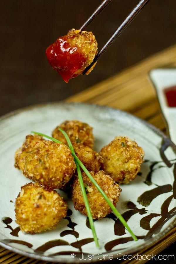 Deep-Fried Shrimp Ball | Easy Japanese Recipes at JustOneCookbook.com