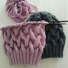"""An den Nadeln für meine Mützenkollektion """"Chess"""" #knitting #stricken #mütze"""