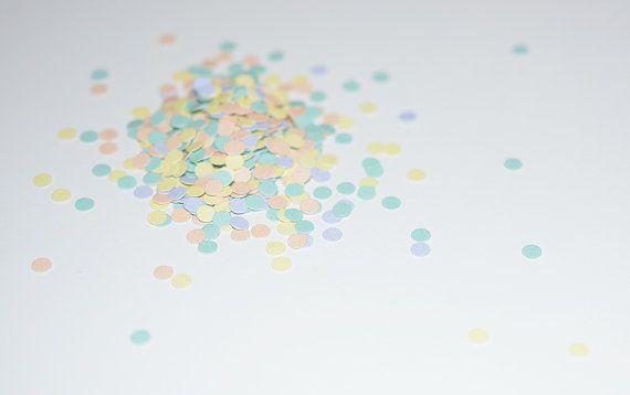 Mini confetti in pastel colors by Empilompski on Etsy