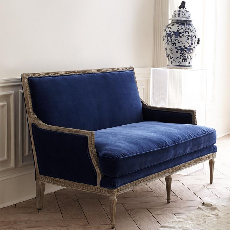 Best 25 Turquoise Couch Ideas On Pinterest: 25+ Best Ideas About Blue Velvet Chairs On Pinterest
